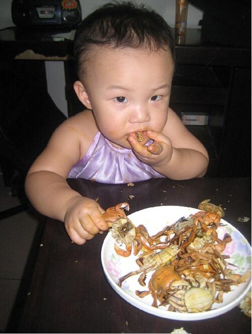 小孩能吃螃蟹吗