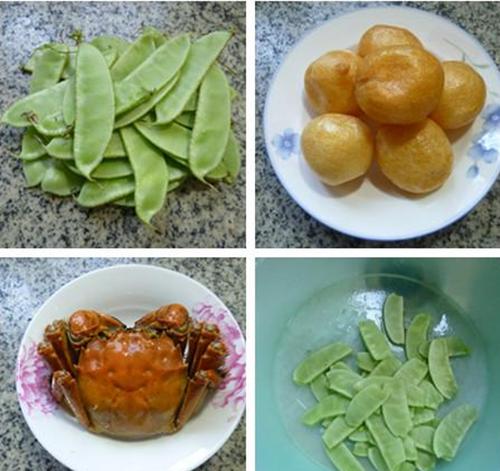 将扁豆摘洗干净,捞出待用。