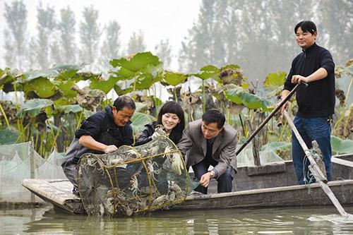 王氏阳澄湖精品大闸蟹蒲牢现场